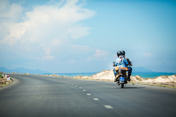 "Experiences to ""backpack"" travel with motorbike"